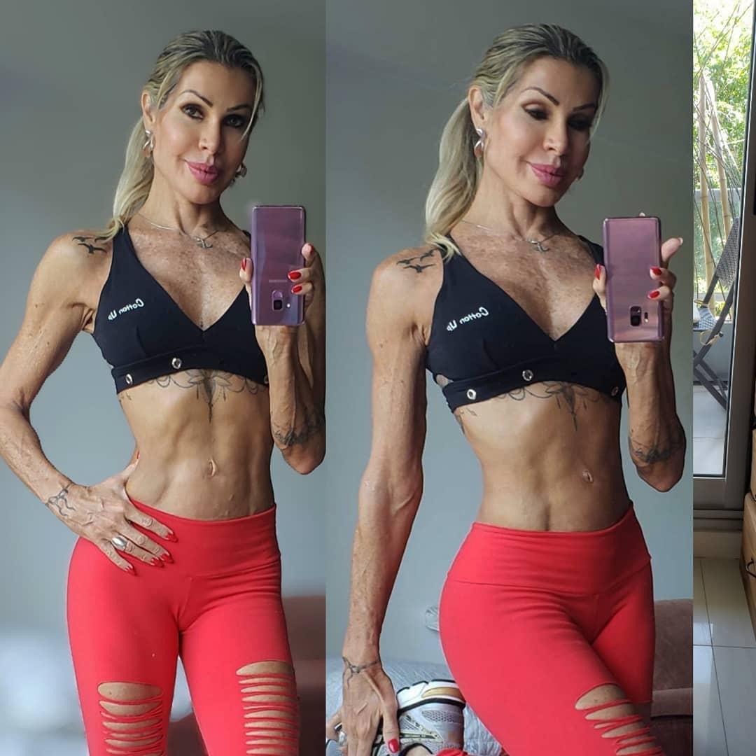 Eliane Morato começou a treinar após os 40 anos e hoje ostenta corpo sarado - Foto: Reprodução/ Instagram