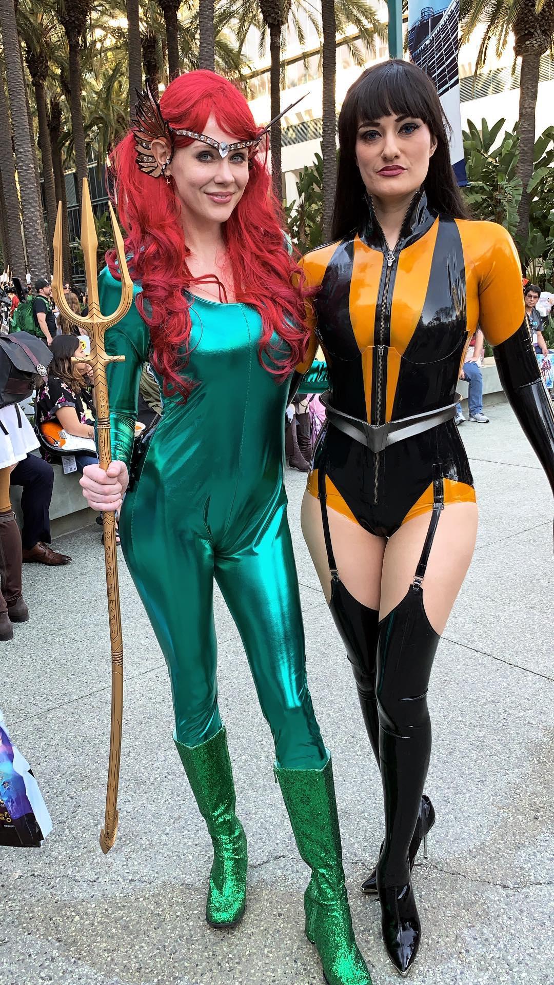 Maitland Ward fez cosplay de Mera