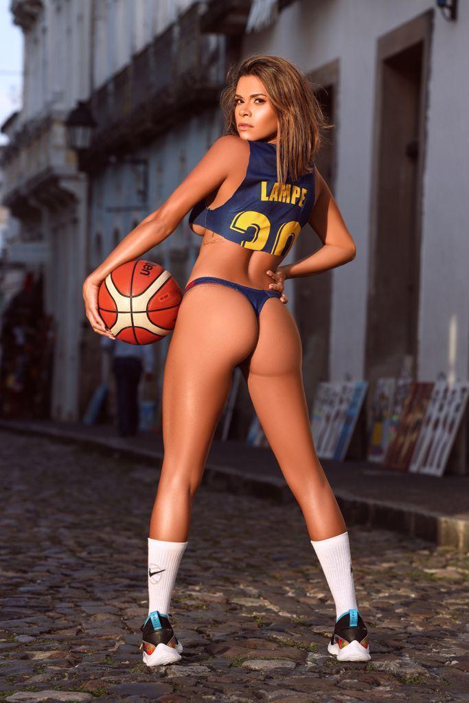 Luana Sandien foi casada com o astro da NBA, Maciej Lampe