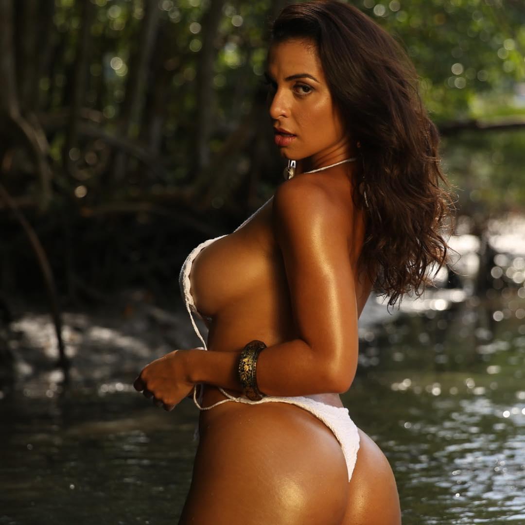 Lyna Jay vai representar o Rio de Janiero no Miss Bumbum 2021